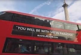 Londense bussen rijden rond met uitspraken van Jezus